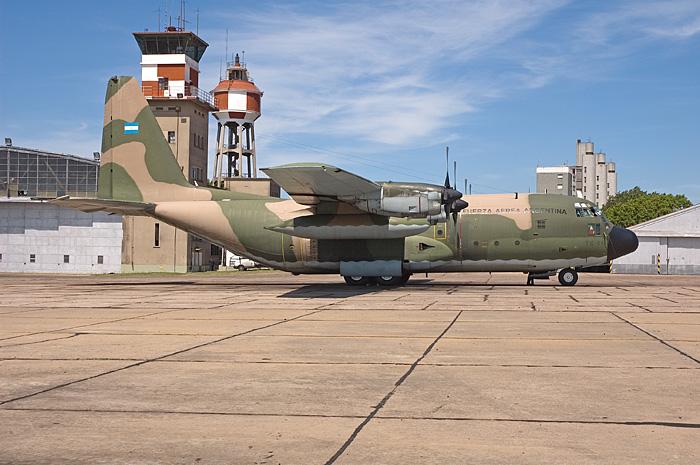 airbus A-400 m vs hercules C-130