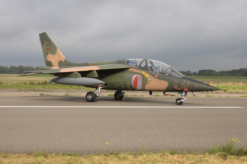 http://www.cavok-aviation-photos.net/ETM05/Alfajet_15235.jpg